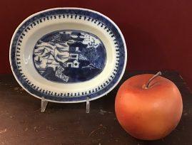 Diminutive Nanking Platter